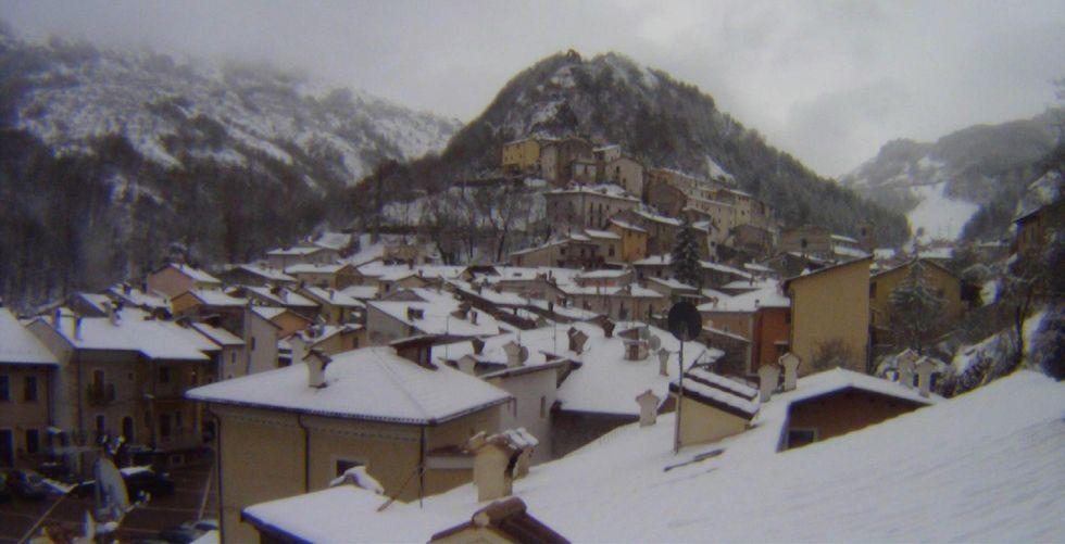 Maltempo: neve di primavera al Centro e al Sud