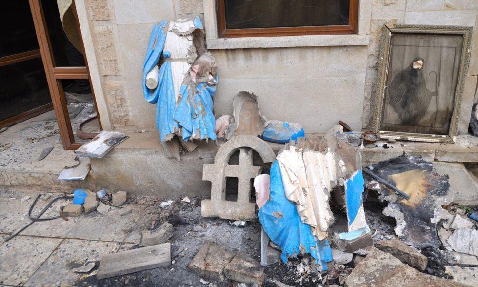 Statue della Madonna martoriate dall'Isis a Bartella