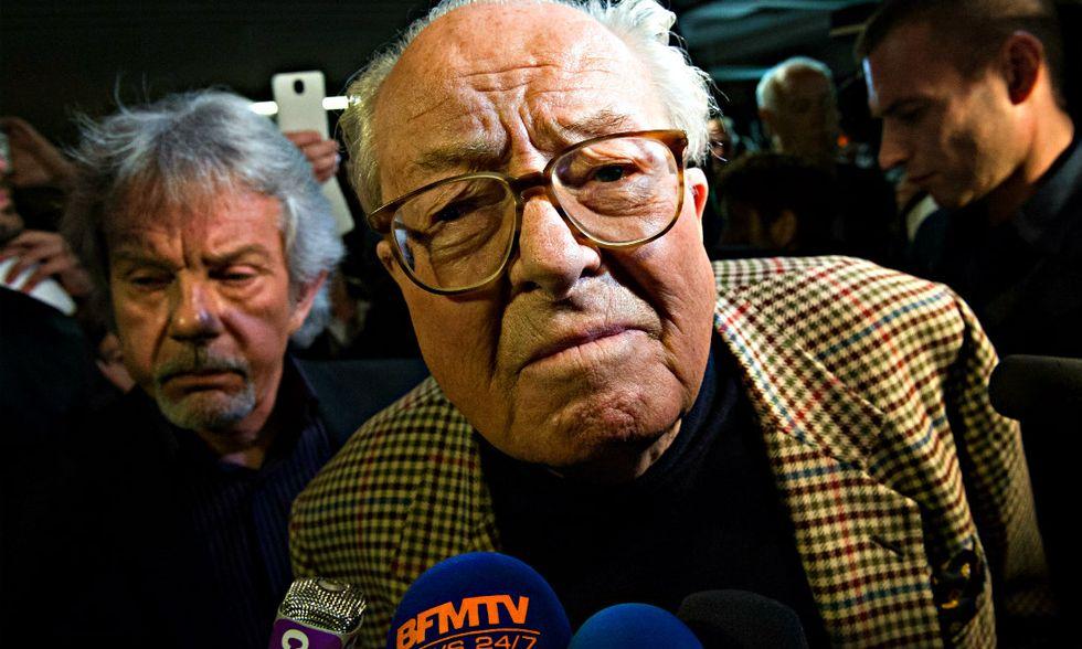 Jean-Marie Le Pen ripudia la figlia Marine