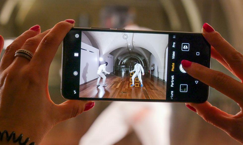 Apple, Huawei, OnePlus, LG, Google: lo smartphone con la fotocamera migliore?
