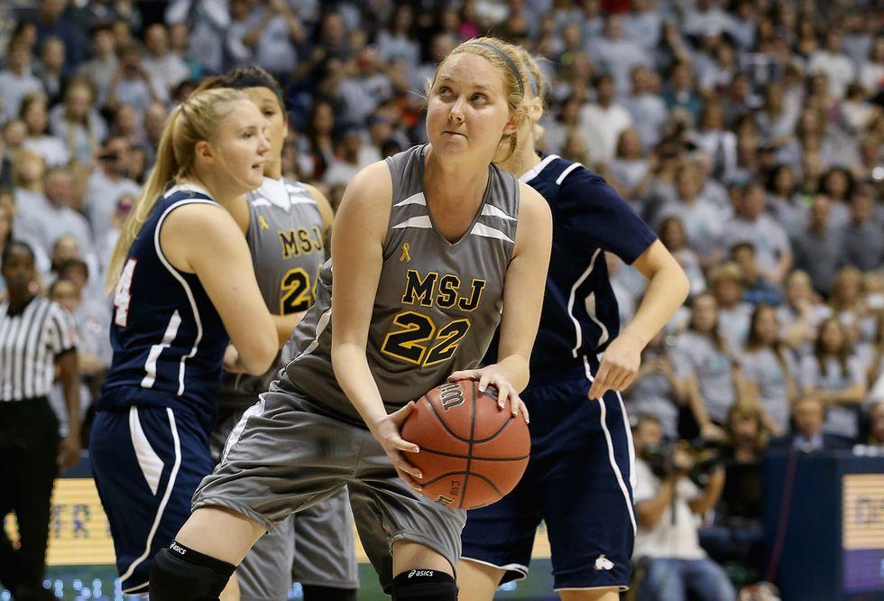 Il mondo del basket dice addio a Lauren Hill