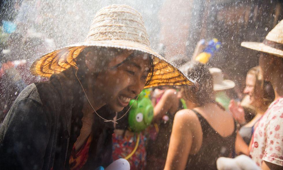 """Thailandia, foto dal """"capodanno bagnato"""""""