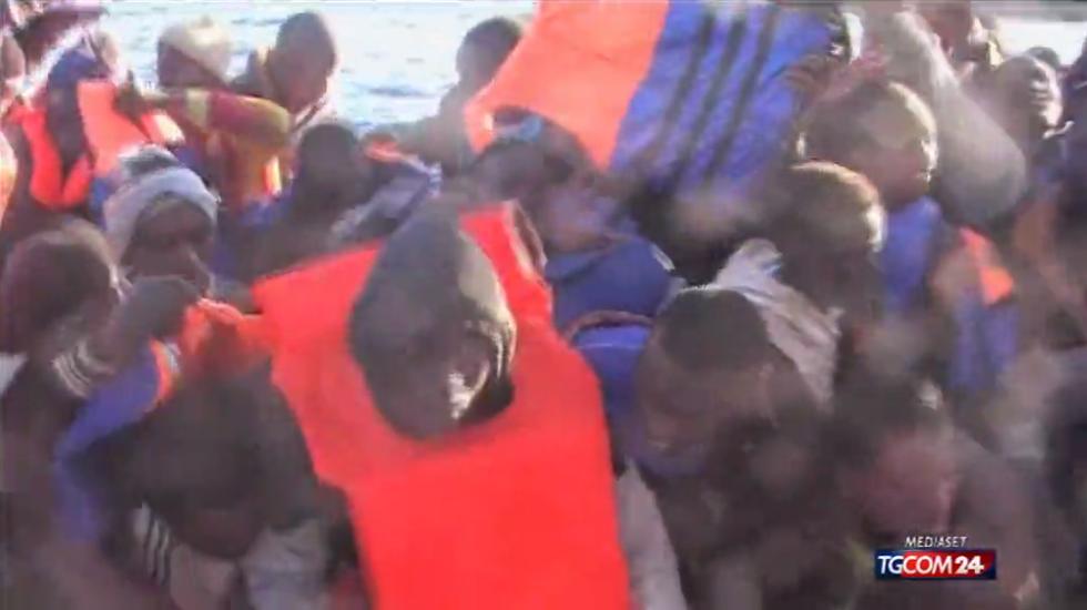 Canale di Sicilia: continuano gli sbarchi (e i morti)