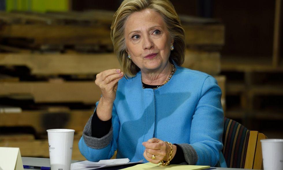 Il libro che fa tremare Hillary Clinton