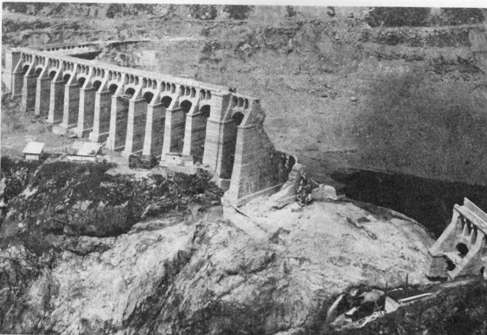 """La tragedia della diga del Gleno: storia e foto di un """"Vajont"""" dimenticato"""