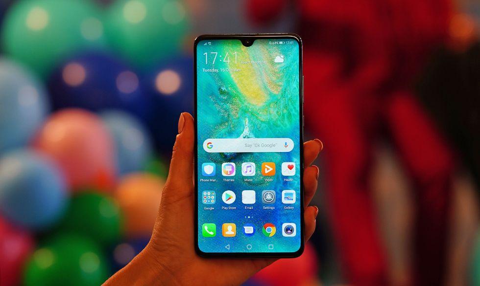 Huawei Mate 20 Pro è il telefono per chi non vuole problemi di batteria