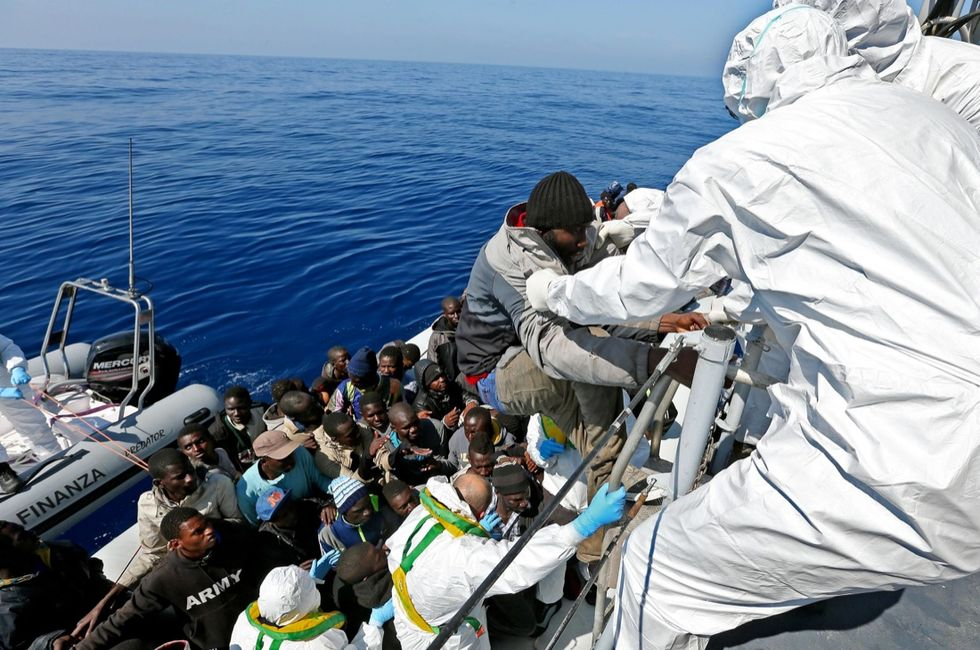 Migranti, un nuovo passo avanti nella missione Eu Navfor Med