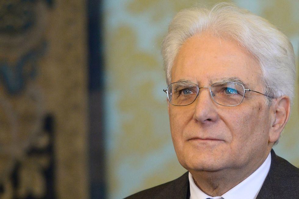 """Mattarella: """"In democrazia, nessuno è solo al comando"""""""