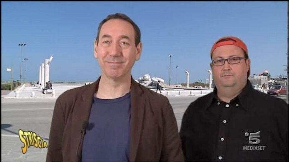 Striscia la Notizia: sospesi gli inviati Fabio e Mingo