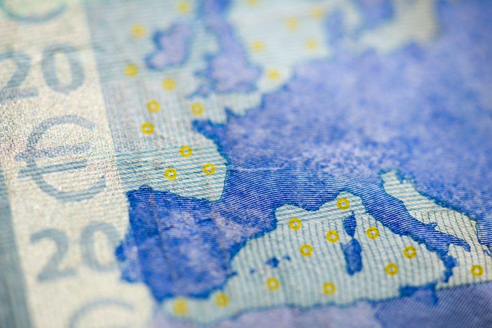 Perché non possiamo fare a meno dell'euro in 5 punti