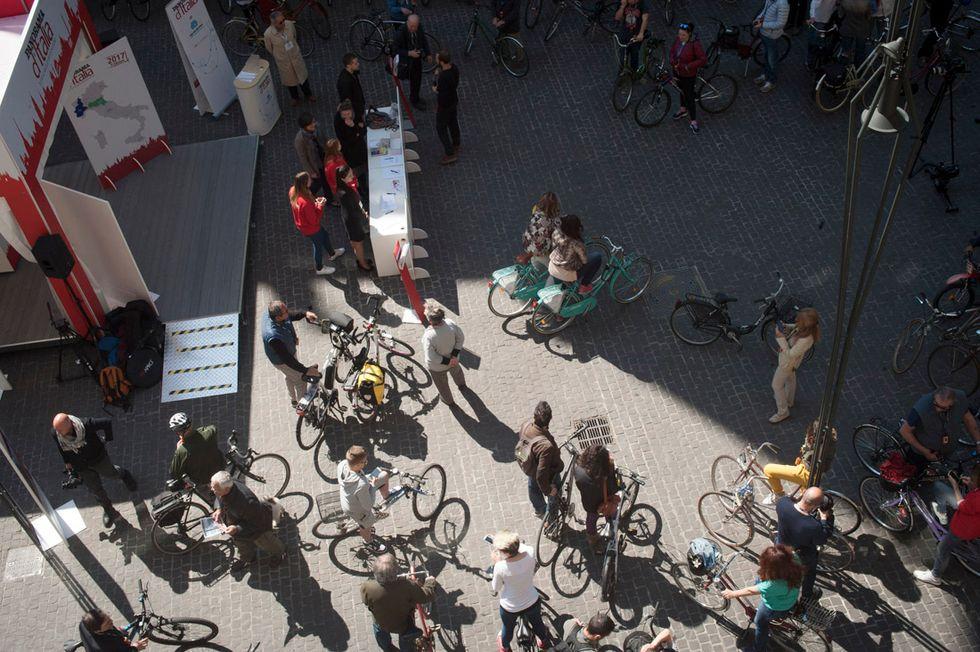 bike tour bologna