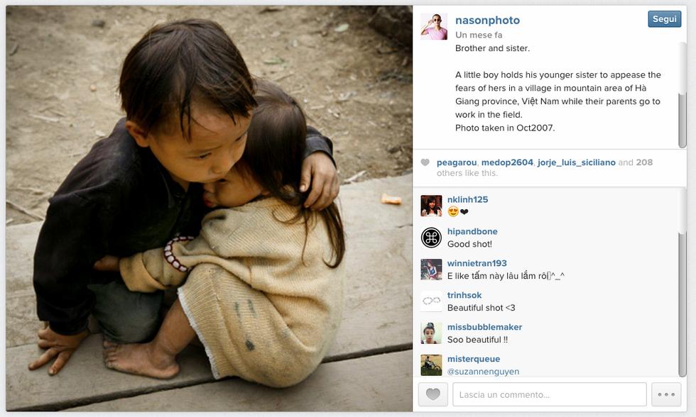 """La foto dei """"fratellini del Nepal"""" scattata in Vietnam nel 2007"""