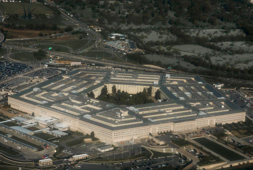 Prostitute e casinò: incubo scandalo sul Pentagono