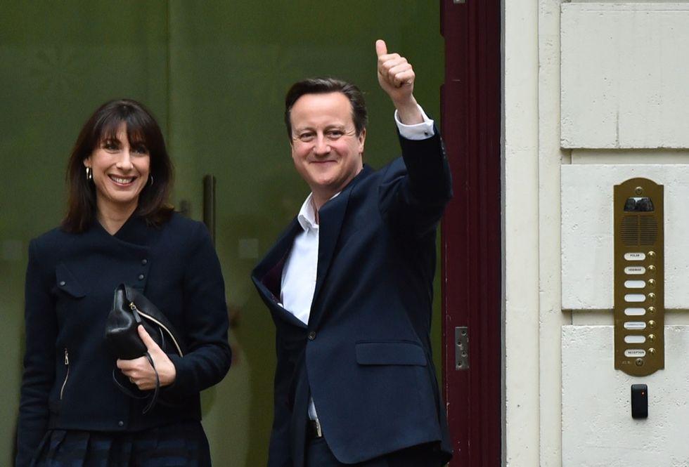 Elezioni in Gran Bretagna: maggioranza assoluta per Cameron