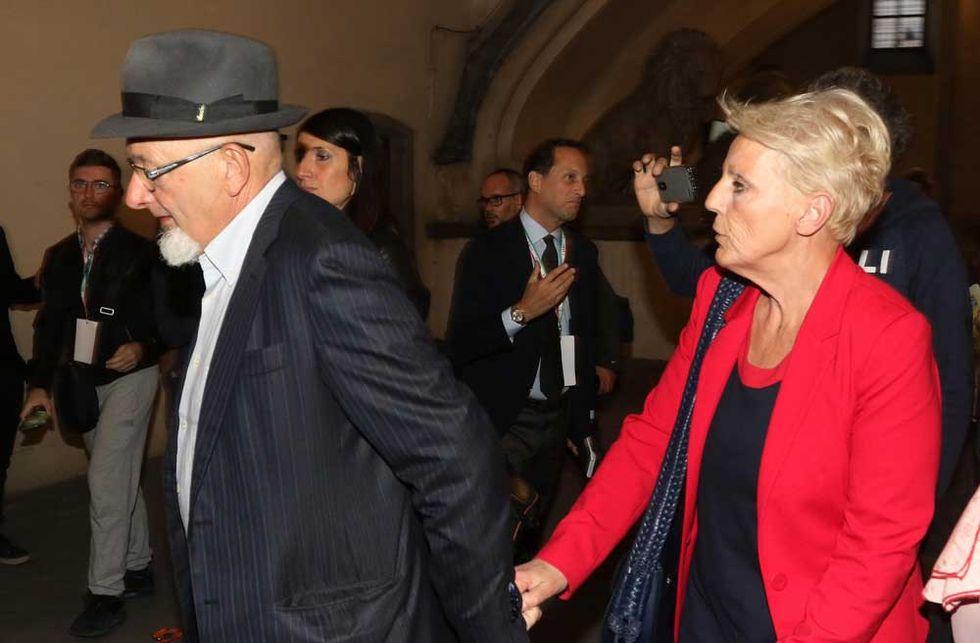 Tiziano-Renzi-Laura-Bovoli-genitori-Matteo-Renzi