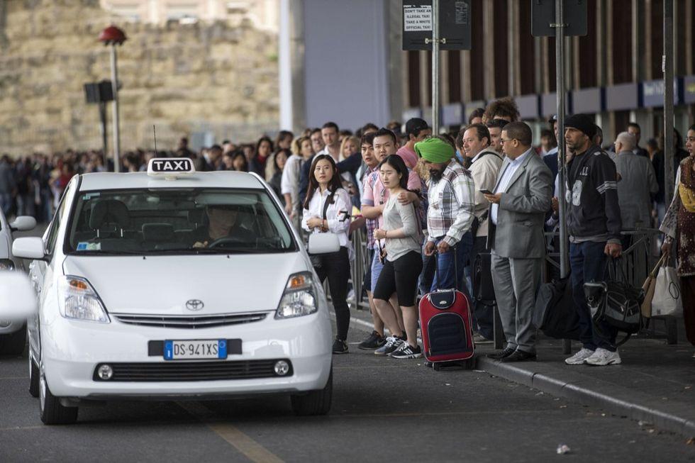 Uberpop: il tribunale di Milano conferma il blocco
