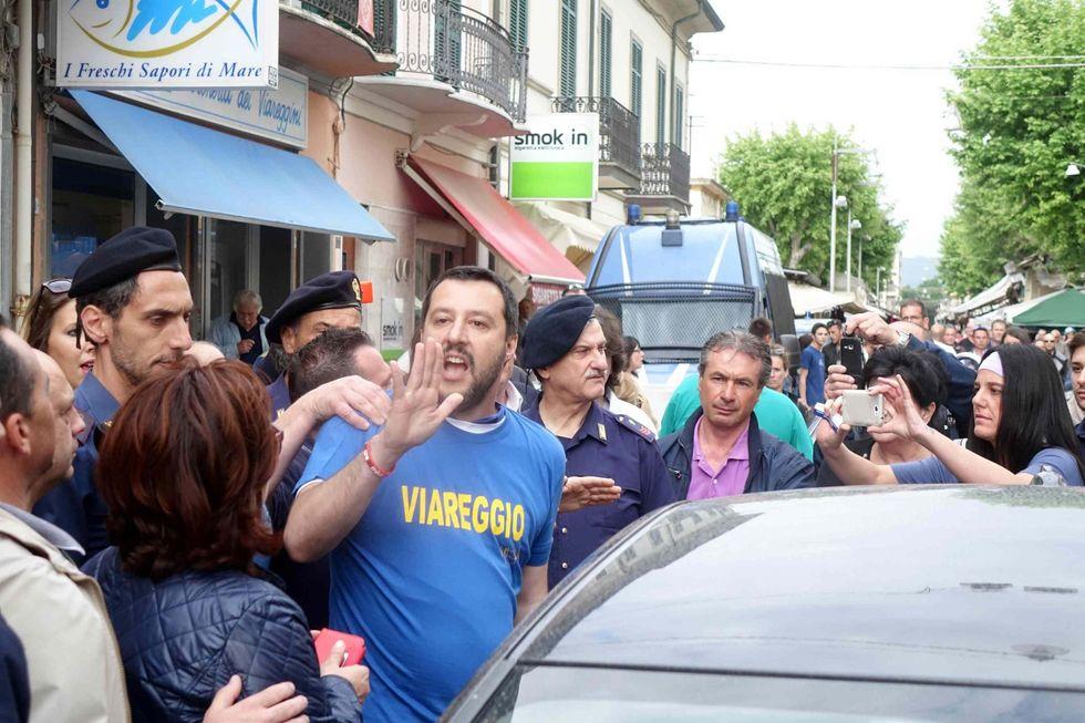 Salvini e i contestatori acchiappa-consensi