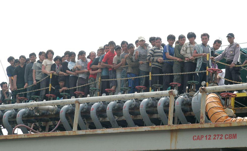 L'Australia continuerà a respingere i barconi di migranti