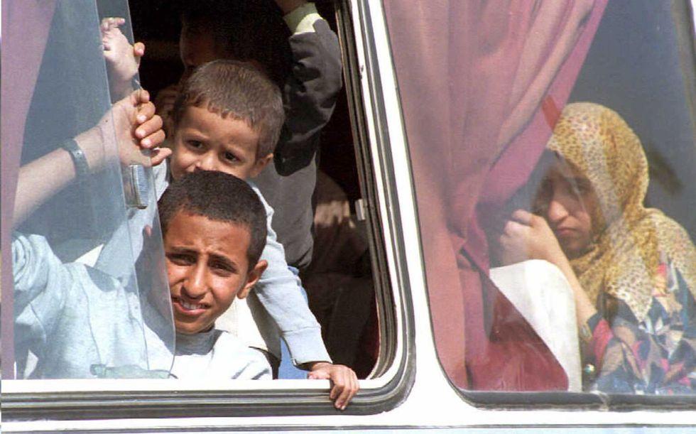 Netanyahu dice no agli autobus separati per arabi ed ebrei