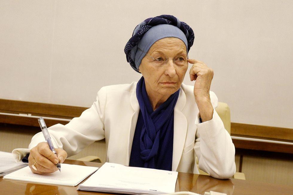 """Emma Bonino: """"Sparita ogni evidenza di cancro"""""""