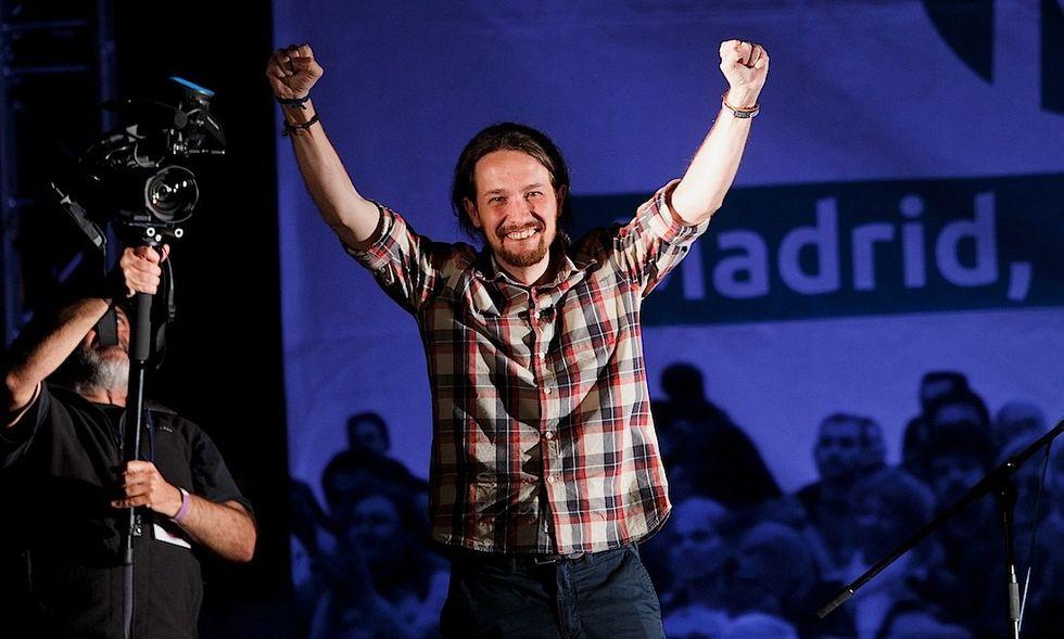 Spagna: Podemos travolge la politica tradizionale
