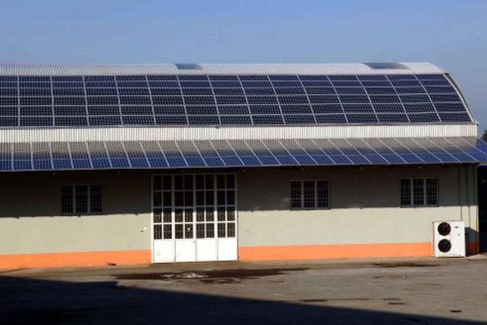 Impianti fotovoltaici, come funziona la procedura semplificata