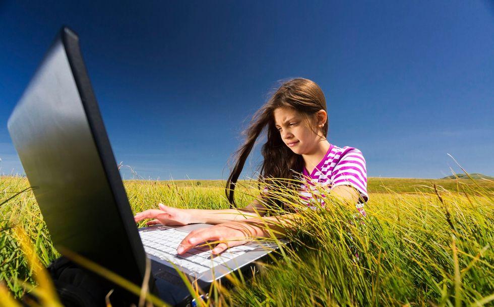 """""""Basta compiti"""", l'appello dei pedagogisti e il tam tam del web"""