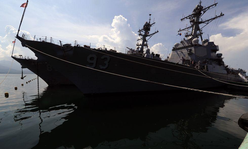 Nave da guerra USA vicino alle isole Spratly