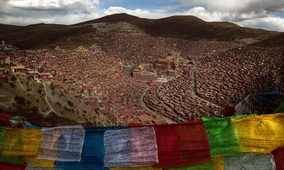 Accademia buddhista Larung Gar, Tibet