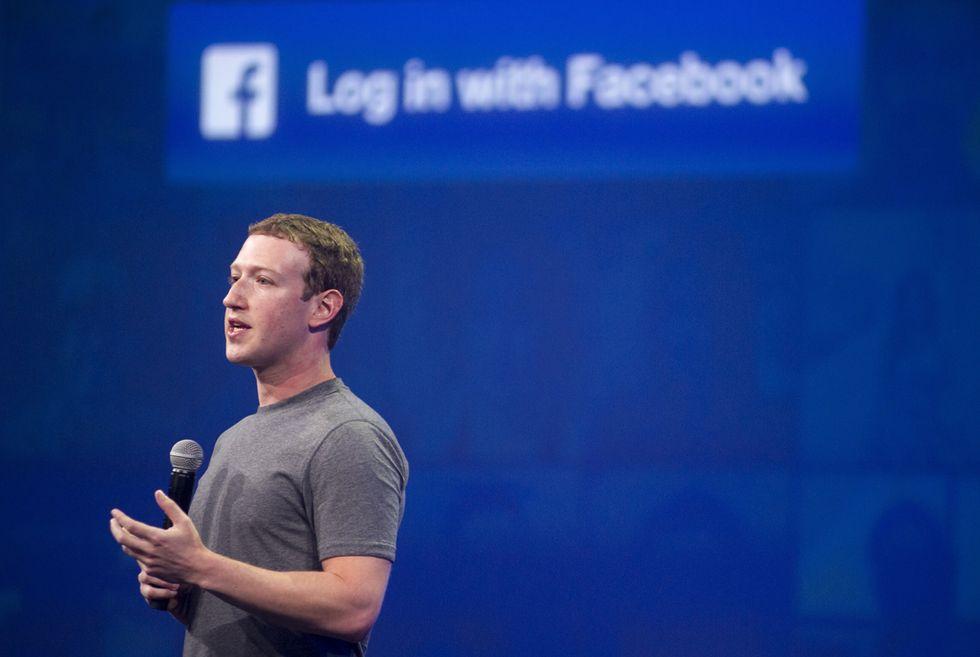 Facebook vuole schiacciare Snapchat (prima che diventi troppo grande)