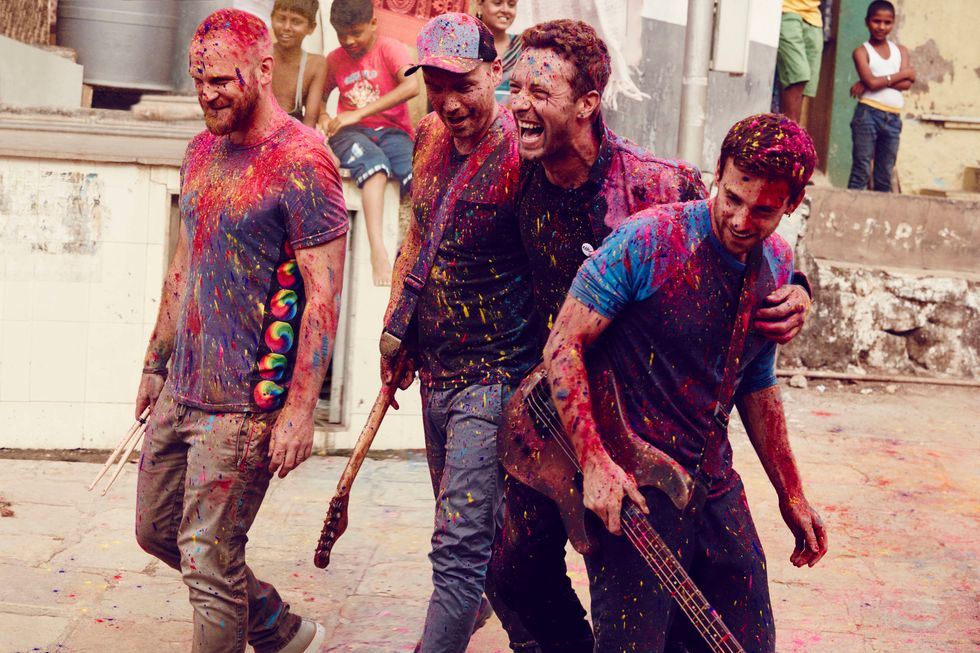 """Coldplay: lo spettacolare video di """"Up &up"""""""