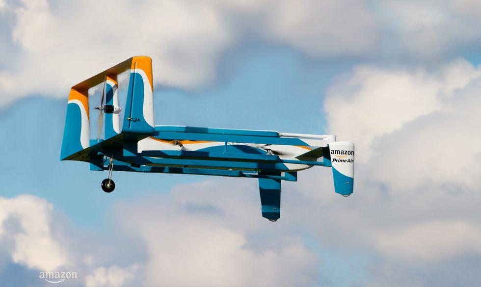 "Amazon: ecco i nuovi droni ""postini"""