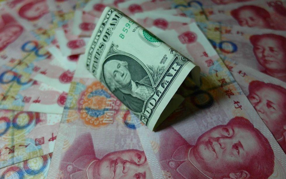 yuan-dollaro