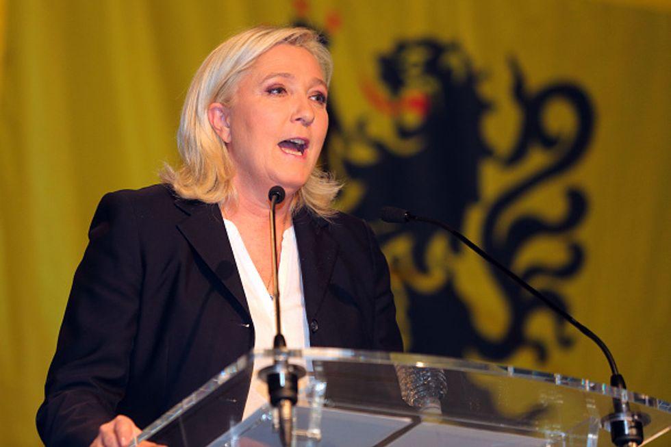 Francia: solo il doppio turno ha fermato il Front National