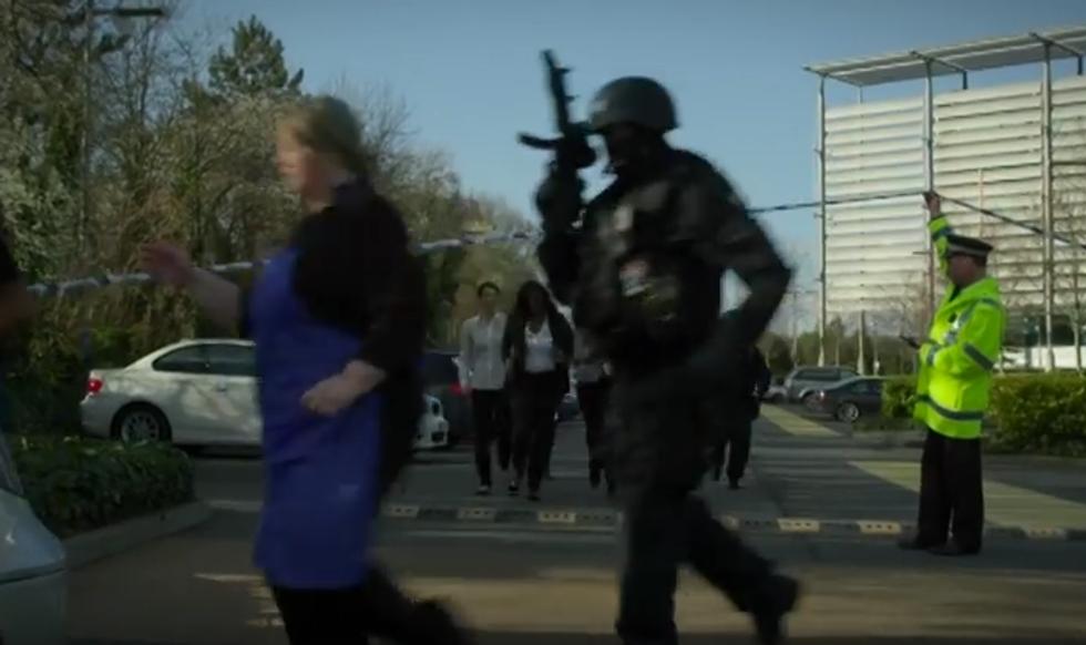 Terrorismo, cosa fare in caso di attacco, il video della polizia Uk