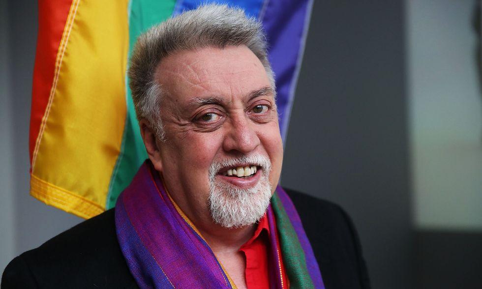 Bandiera gay: Gilbert Baker al MoMA