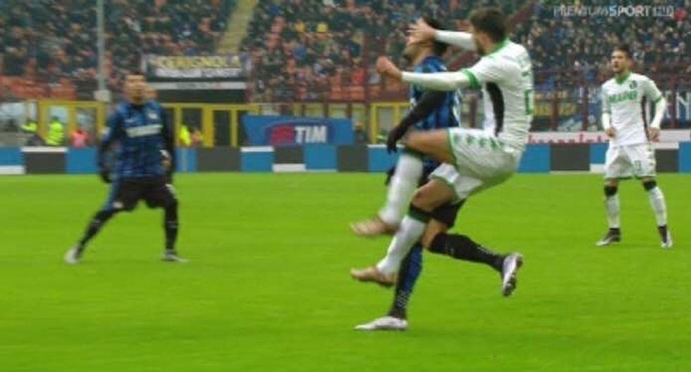 19a giornata, errori arbitrali: Mancini proteste inutili, Berardi da ammonizione