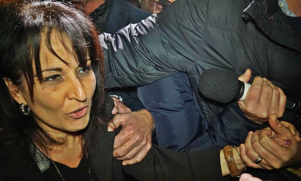 Quarto, l'espulsione del sindaco Capuozzo
