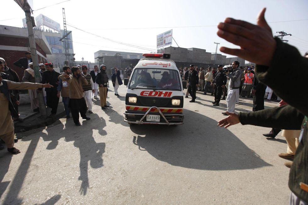 Pakistan, attacco talebano all'università: più di 20 vittime e 50 feriti