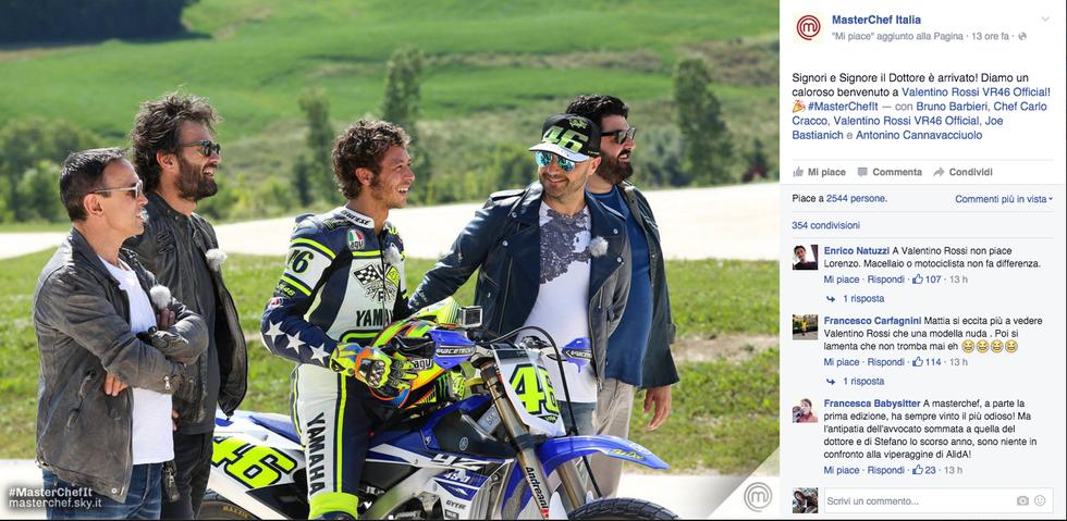I concorrenti incontrano Valentino Rossi