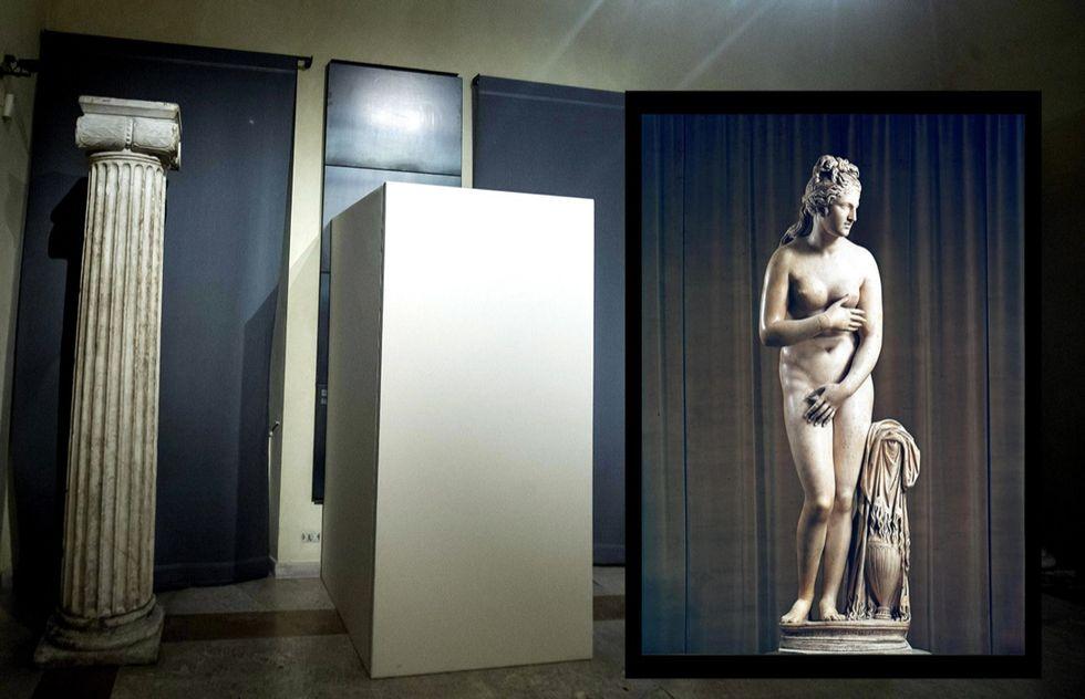 Rohani a Roma: statue di nudi coperte