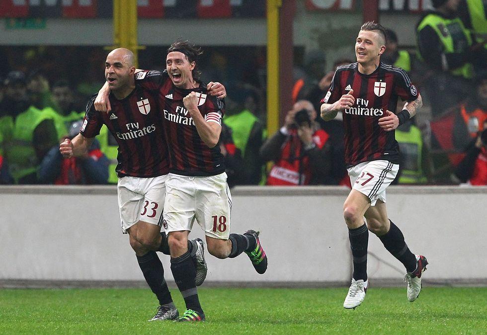 Milan - Inter 3-0: nerazzurri all'inferno, il Diavolo è rinato
