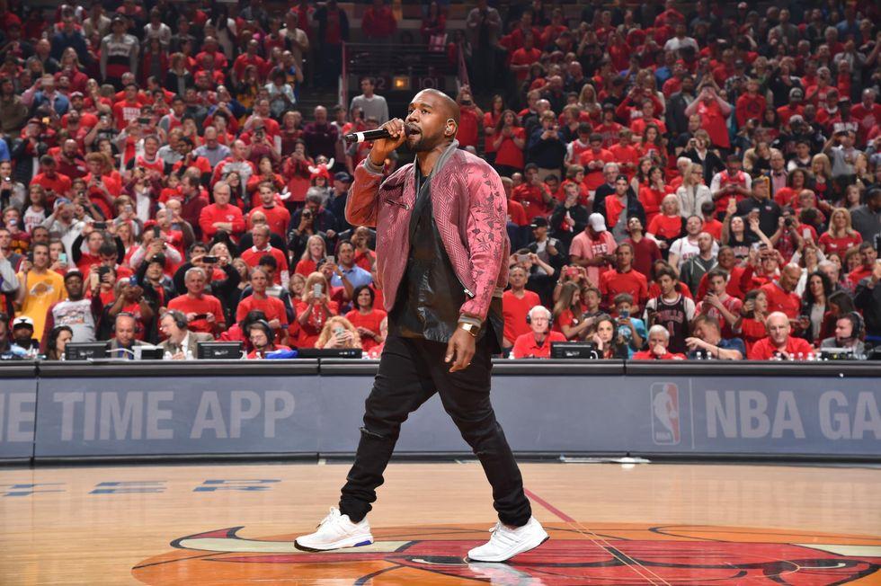 """Kanye West: """"The life of Pablo"""" sarà il miglior album di sempre""""?"""