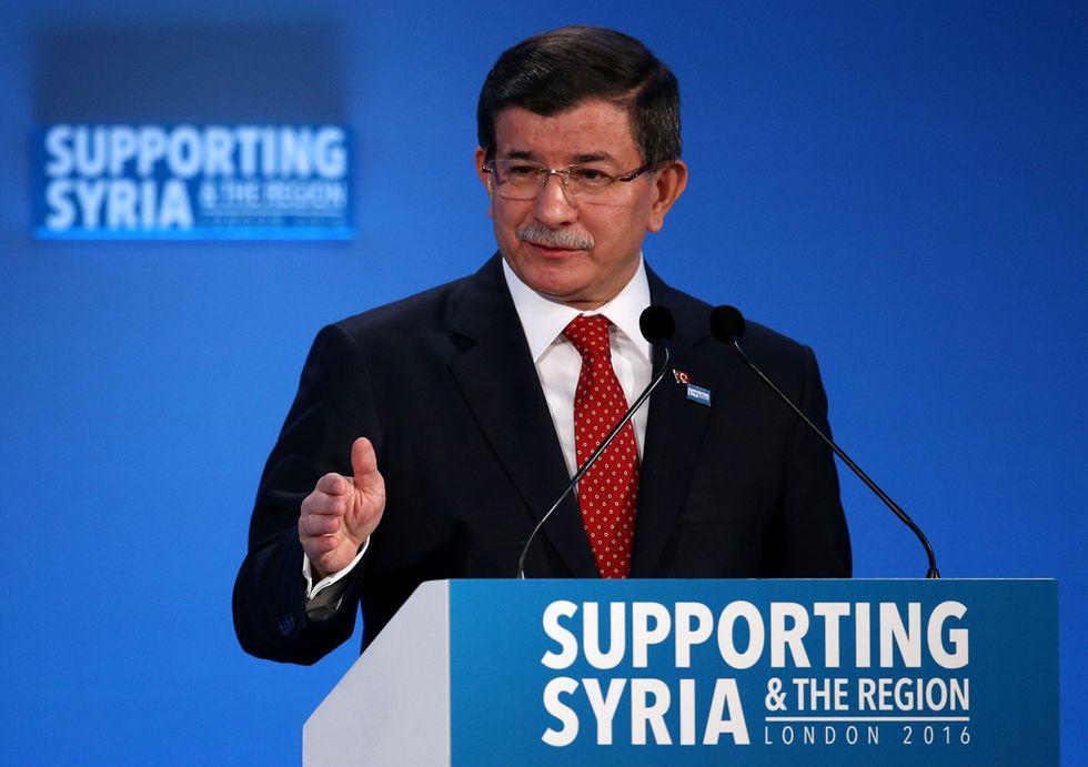Perché si è dimesso il premier turco