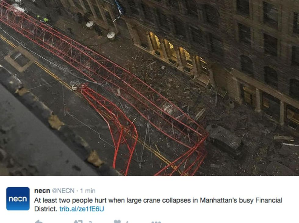 Manhattan, crolla una gru, almeno un morto - FOTO e VIDEO