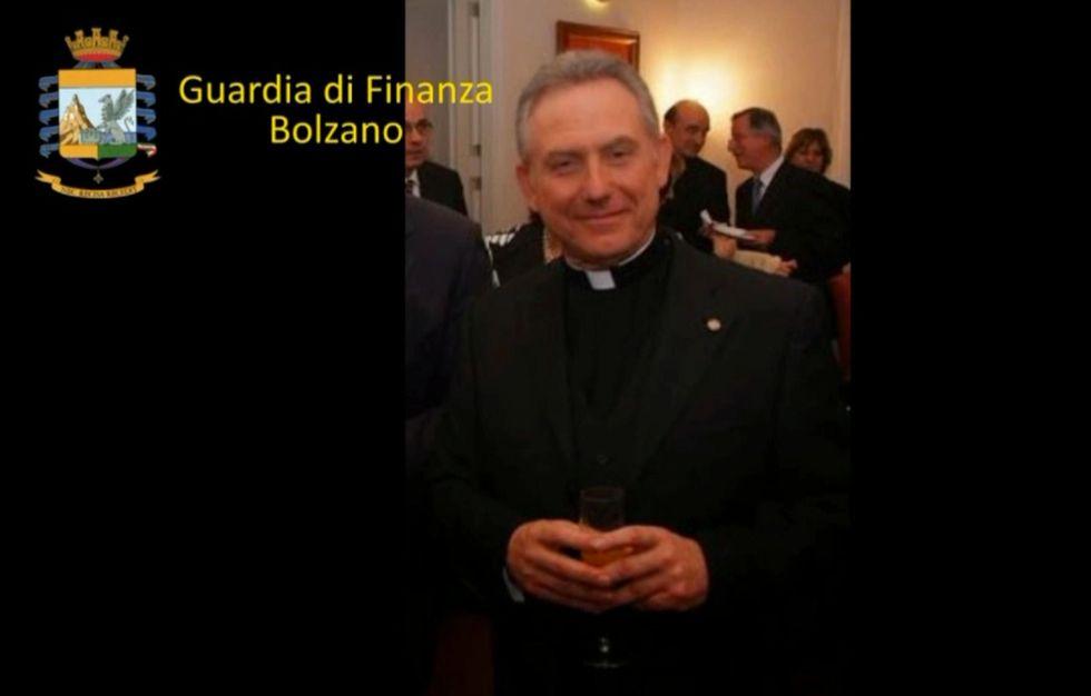 La truffa milionaria del Monsignore