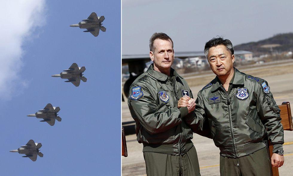 Quattro F-22 Raptor Stealth Fighter in Corea del Sud