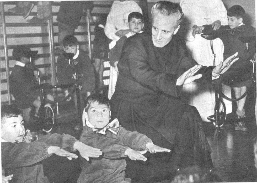 """Don Carlo Gnocchi, il prete del """"dolore innocente"""""""