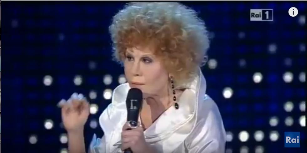 Virginia Raffaele imita Ornella Vanoni