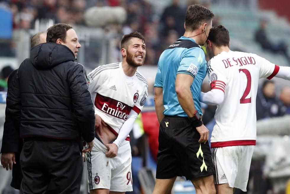 28a giornata - Sassuolo-Milan, errore di Giacomelli e Mihajlovic si infuria